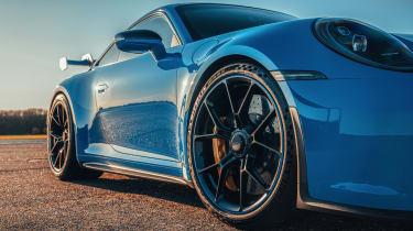 Porsche 911 GT3 - profile