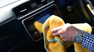 Nissan Leaf long termer dirty screen