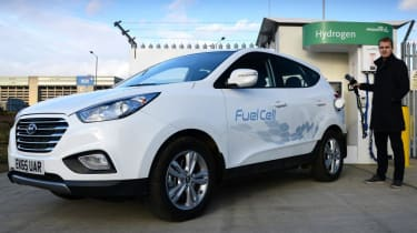 Best motoring features 2016 - hydrogen fuel cell