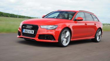 Audi RS6 Avant side view