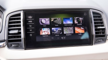 Skoda Karoq - infotainment screen