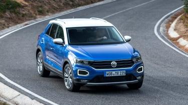 Volkswagen T-Roc - above cornering