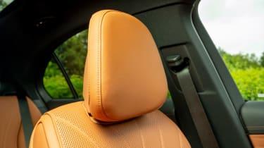 Mercedes C-Class - headrest