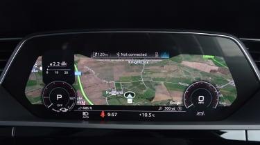 Audi e-tron S - dials