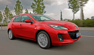 Mazda 3 2.0d front tracking