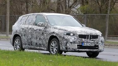 BMW iX1 - front