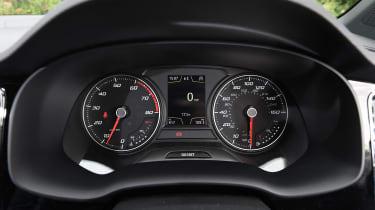 SEAT Ateca FR - dials