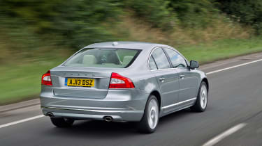 Volvo S80 rear action