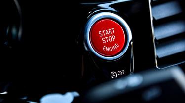 BMW M5 - engine start
