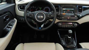 Kia Carens interior