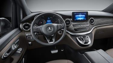 Mercedes V-Class facelift - studio cabin