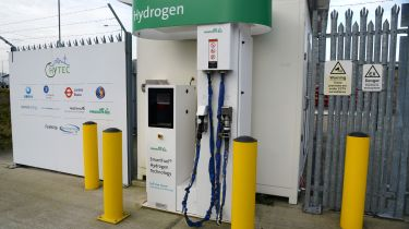 Could you live with a hydrogen fuel cell car - filling station