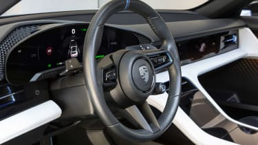 Porsche Mission E Cross Turimso - dash