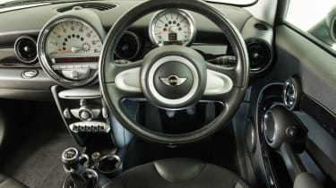 Used MINI Cooper - dash