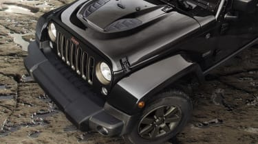 Jeep Renegade - Bonnet Detail