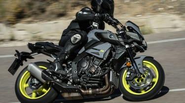 Yamaha MT-10 review - lean