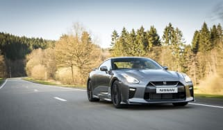 New Nissan GT-R 2016 driving
