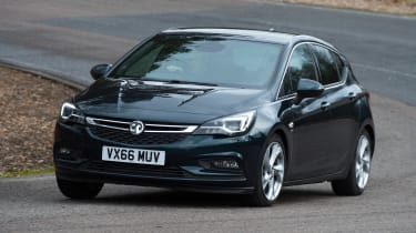 Vauxhall Astra - front cornering