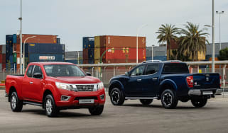 Nissan Navara King Cab & Double Cab - static