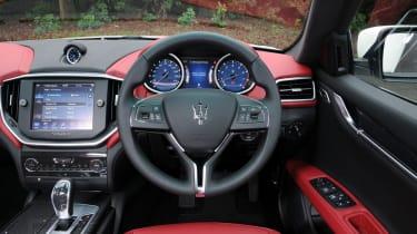 Maserati Ghibli S interior