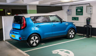 Kia Soul EV Charging