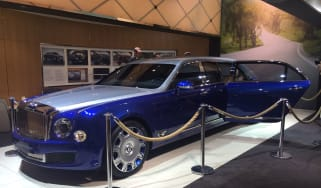 Bentley Mulsanne Grand Limousine by Mulliner Geneva 2016