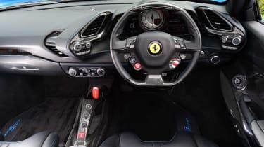Ferrari 488 Spider - dash
