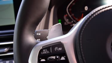 BMW 8 Series - steering wheel control