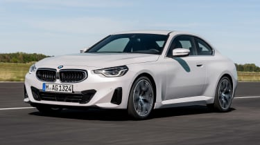 BMW 220i - front action