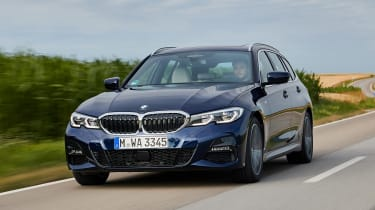 BMW 3 Series Touring - front tracking
