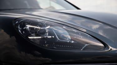 Porsche Macan 2018 prototype headlight