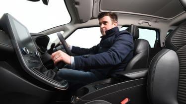 Renault Grand Scenic - driving