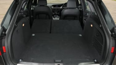 Audi A4 Avant boot