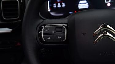 Citroen C5 Aircross - steering wheel detail