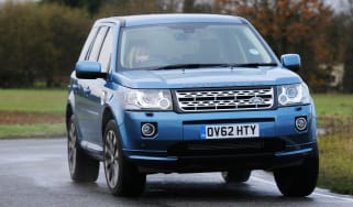 Land Rover Freelander SD4 front cornering