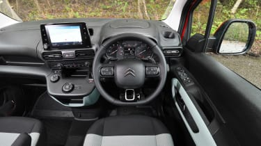 Citroen Berlingo XL Flair long termer - interior