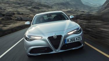 Alfa Romeo Giulia Super petrol 2017 - front end tracking