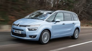 Citroen Grand C4 Picasso - driving