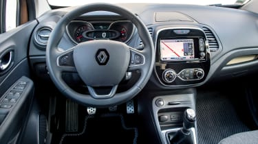 Renault Captur - dash