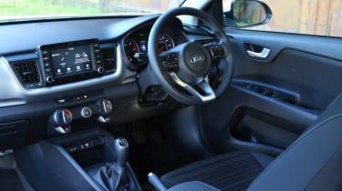 New Kia Stonic - cockpit