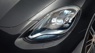 Porsche Panamera - studio front light detail