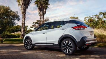 Nissan Kicks SUV - rear quarter 2