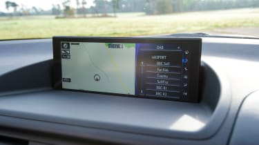 Lexus CT 200h - sat-nav