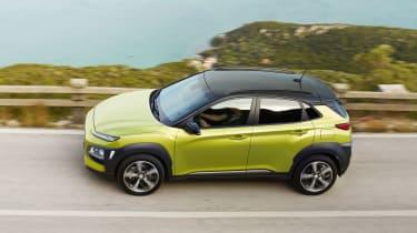 Hyundai Kona - green above