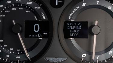 Aston Martin Vanquish S - instruments