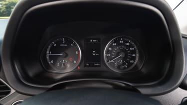 Hyundai i30 Tourer - dials