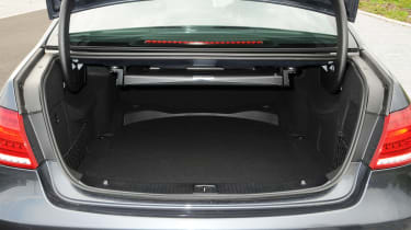 Mercedes E250 CDi boot