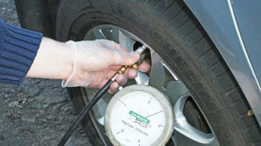 Tyre pressure monitoring systems - header