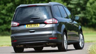 Ford Galaxy - rear cornering