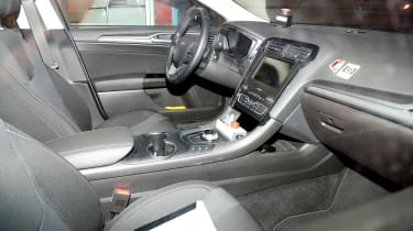Ford Mondeo Hybrid Estate - spy interior